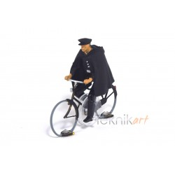 Cyclist H0 Policeman (Mounted model)