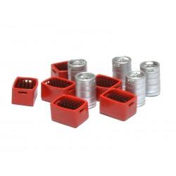Barriles de cerveza y cajas rojas con botellines marrones