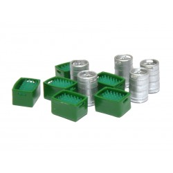 Barriles de cerveza y cajas verdes con botellines verdes