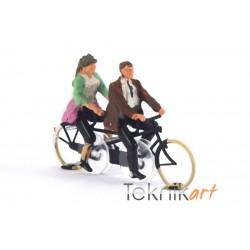 Tandem Bicycle H0 (Mounted model)
